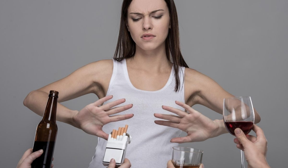 woman refuse vices