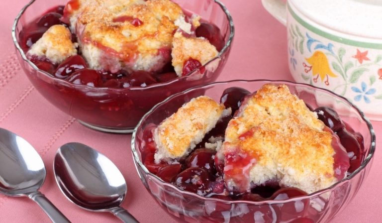 Farmhouse Fruit Cobbler